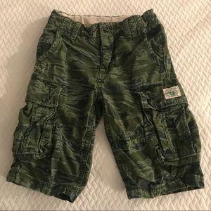 Boys GAP camouflage cargo shorts, Sz 8